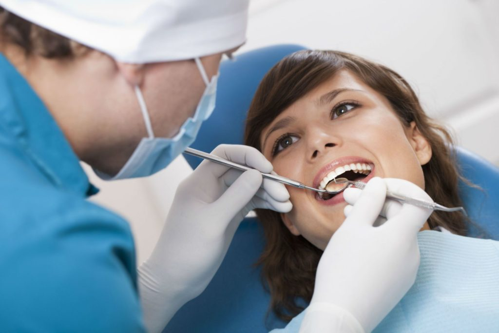 Traditional Dental Insurance Versus a Discount Dental Plan